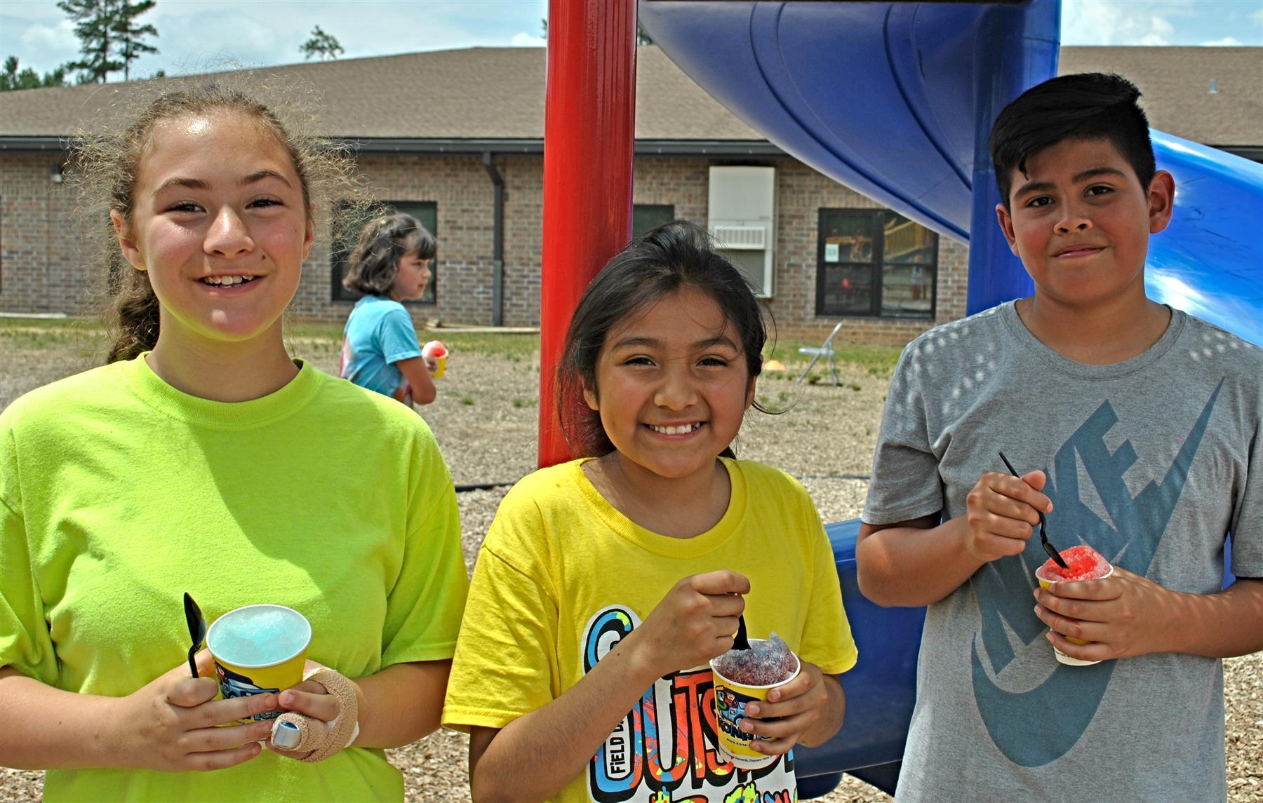 Long Mill Elementary School / Homepage